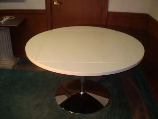 Drop leaf table - fully opened3